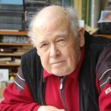 Giselher Klebe an seinem Schreibtisch, 2008