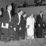 Oratoriums-Aufführung mit Kurt Thomas, v.l.n.r: ?, Franz Mazura, Helmut Kretschmar, Lore Fischer, ?, ?, Kurt Thomas, ca. 1952/53